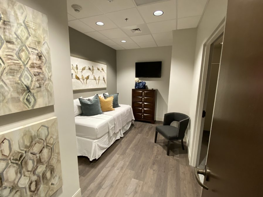 Twin Bedroom Ronald McDonald Family Room