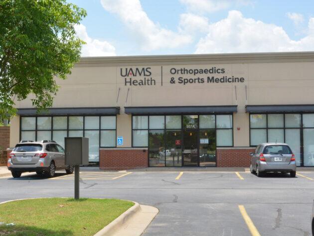 Orthopaedics & Sports Medicine Clinic in Lowell