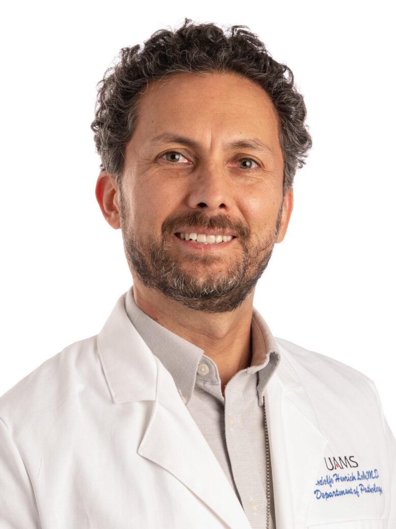Rodolfo Henrich Lobo, M.D.